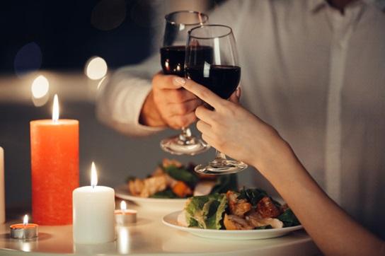 diner avec du vin